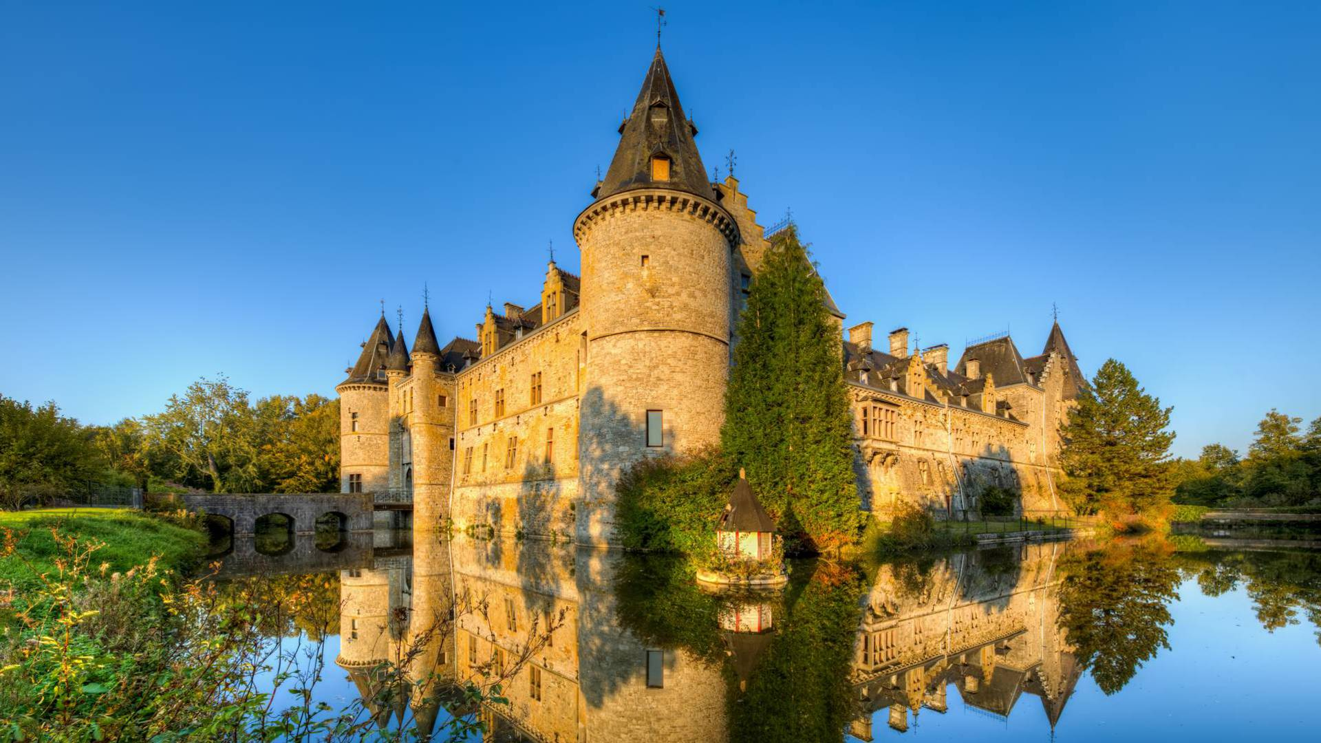 Château de Fallais - Copyright Pixel Komando